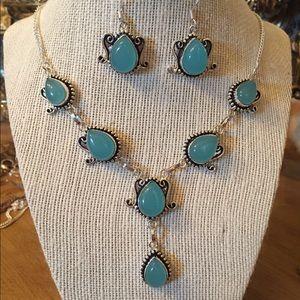 Pretty blue chalcedony necklace earrings set